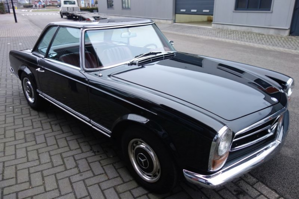Mercedes benz 250sl automatic geevers classic cars for 96 mercedes benz