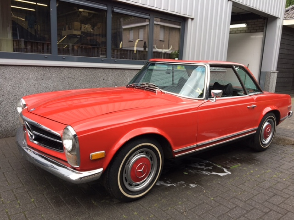 Mercedes benz 280sl automatic geevers classic cars for Mercedes benz 280sl
